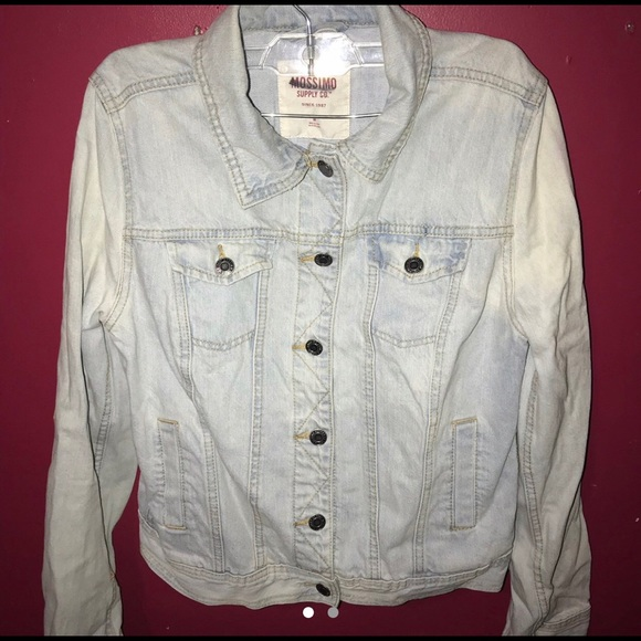 Mossimo Supply Co. Jackets & Blazers - ACID WASHED DENIM JACKET !